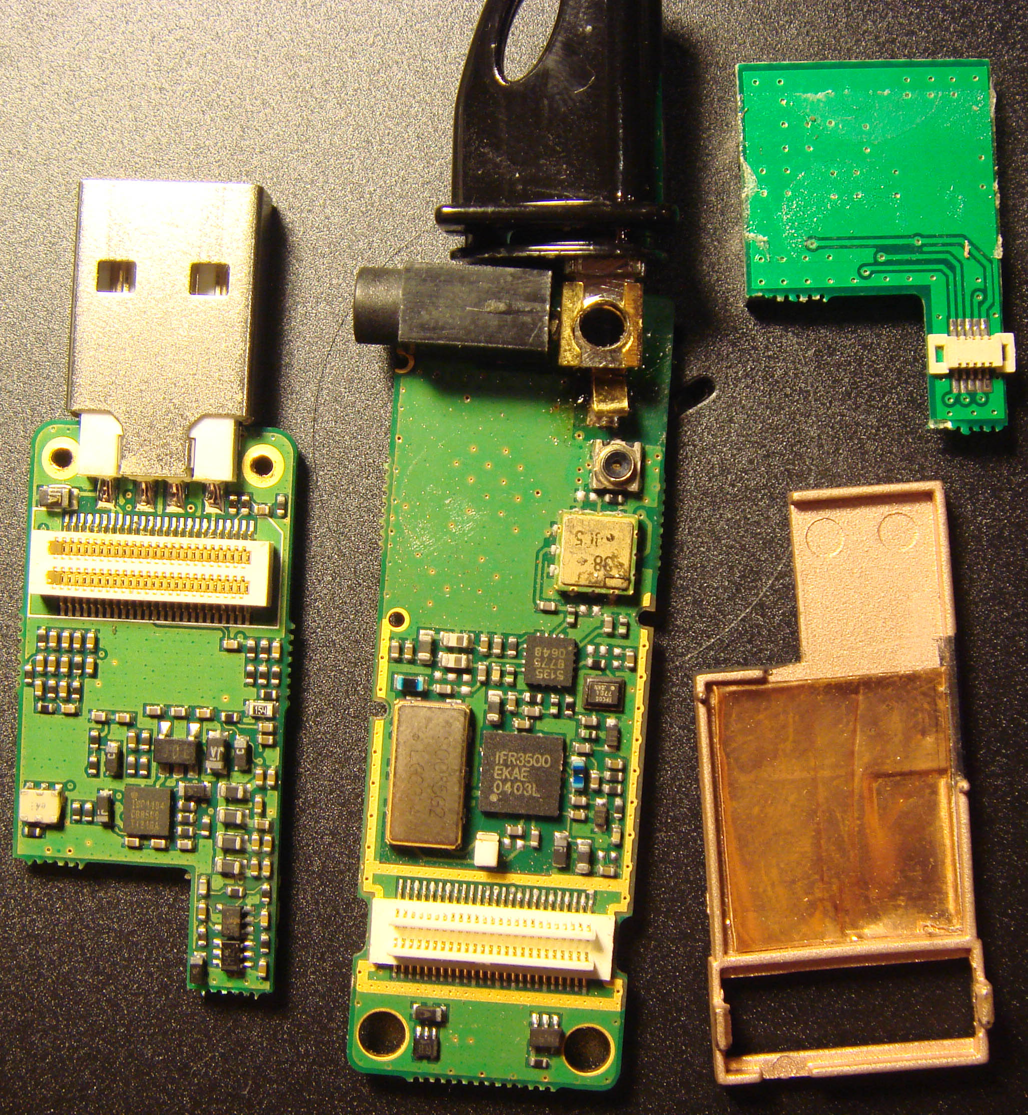 Bunnies Blog Mobile Phone Circuit Board Okey Pcb China The Ware Is An A Xunchi U3 Cdma 1x Rtt Wireless Data Dongle I Paid 250 Quai For This In Lightly Negotiated And Guess Did Okay Because
